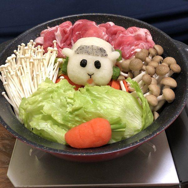 感覺西羅摩一轉眼就會開始啃生菜呢。 圖源:ぺーあく