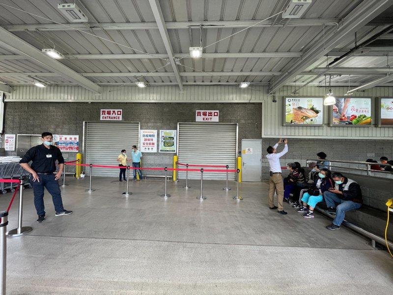 板信劉家旗下興輝建設,去年1月以總價51.18億元買下新北市中和好市多土地。 聯合報系資料照/記者陳易辰攝影