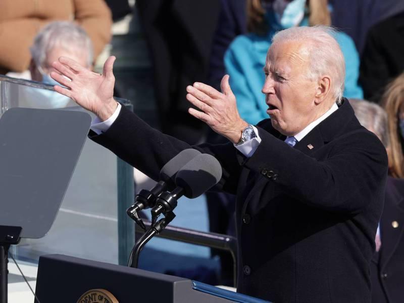 美國總統拜登在就職典禮上戴了一支勞力士表,發表就職演說時被記者拍到。法新社