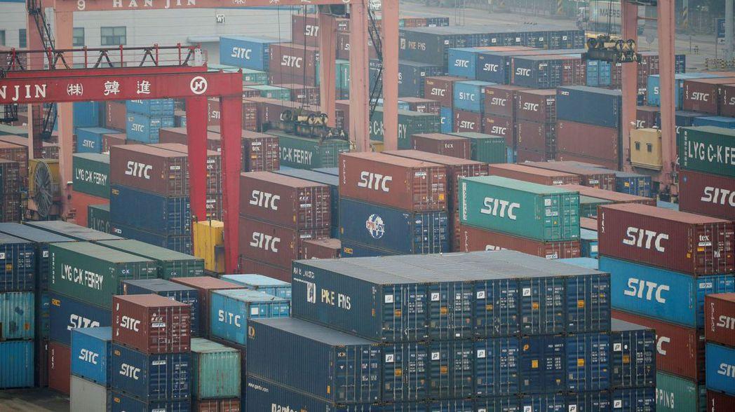 南韓經濟表現不俗,半導體在內的出口功不可沒。路透
