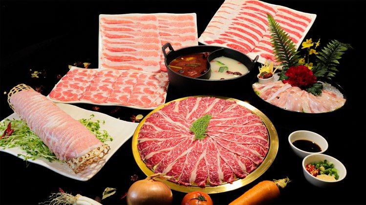 肉多多推出3款「奔向幸福開運鍋」,每套肉品總重達1.5公斤。圖/肉多多提供