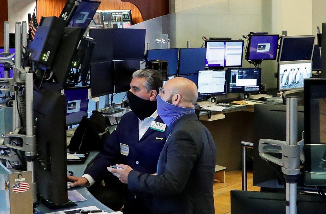 美股個股走勢關聯度下降,可能是市場回檔的警訊。   路透