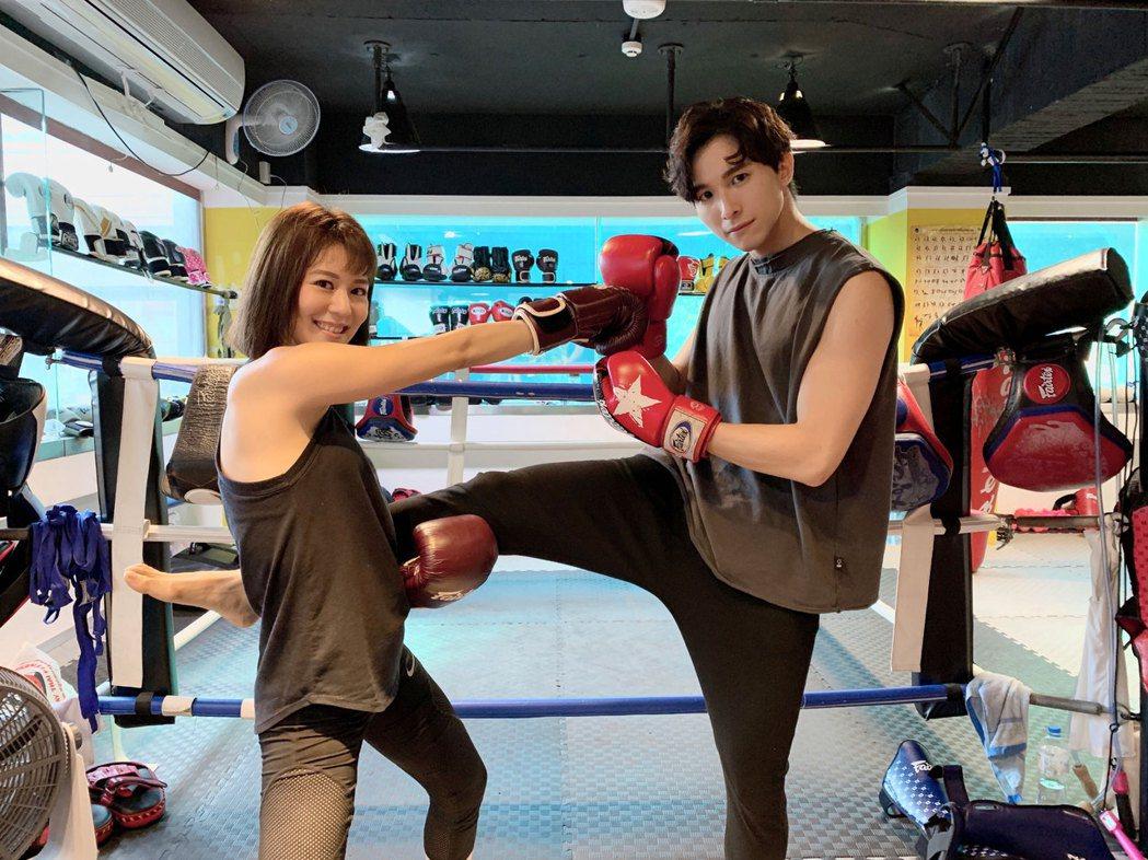 王沛語(左)、張瀚元武打戲皆親上陣。圖/TVBS提供