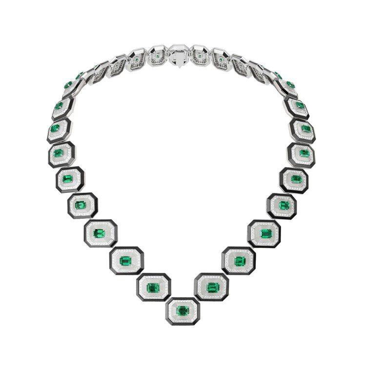 Boucheron COL ÉMERAUDES祖母綠寶石衣領,共鑲嵌28顆、總...