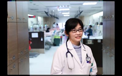 李柏葒醫師表示,陳小姐是位非常認真積極的病人,很少遇到病人主動諮詢新一代血液透析...
