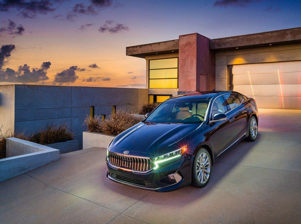 Kia K7 (美規名Cadenza) 近年銷售表現不佳將退出美國市場。 摘自K...