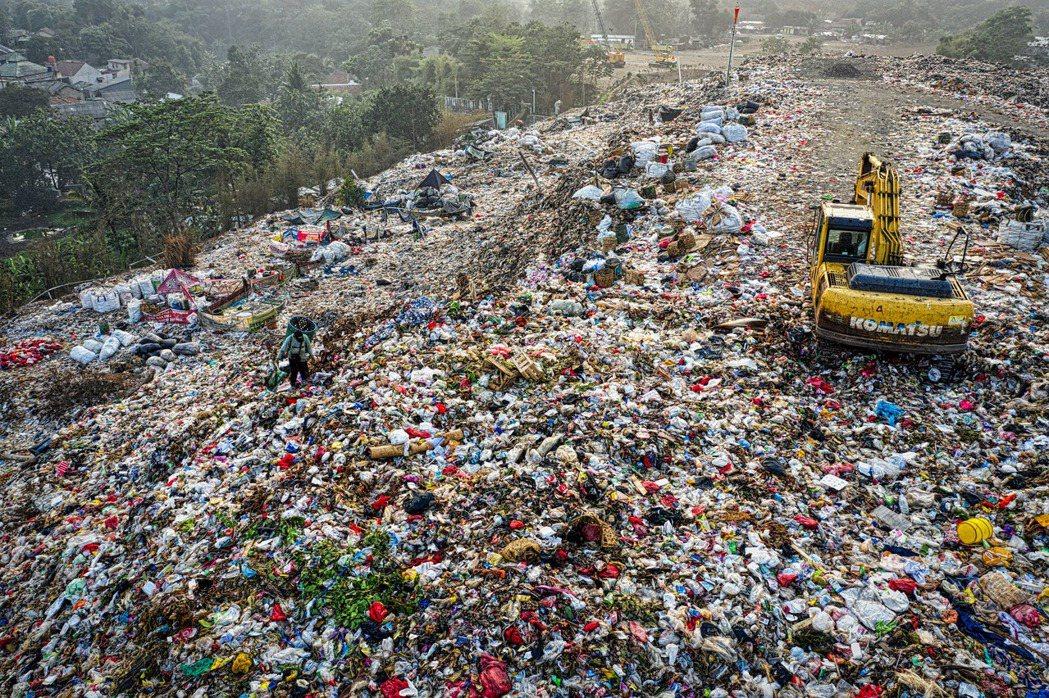 「一邊燒垃圾,一邊循環經濟」,究竟是萬惡財團?還是良善的綠色企業?這是價值錯亂?...