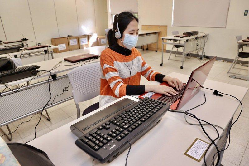 台大總務長葛宇甯表示,台大在採購作業中已要求購單位標示是否使用大陸廠牌,避免違反規定。圖為示意圖。圖/聯合報系資料照片