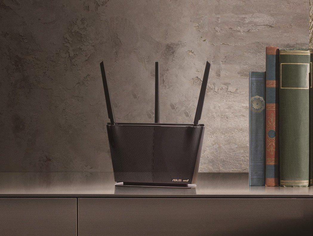 華碩推出新款RT-AX68U路由器搶市。圖/華碩提供