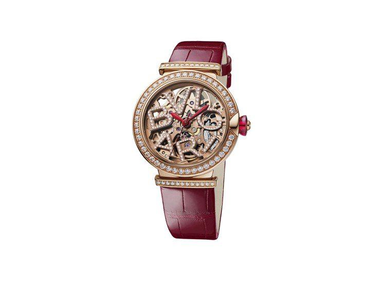 BVLGARI LVCEA SKELETON腕表,約100萬3,000元。圖/寶...