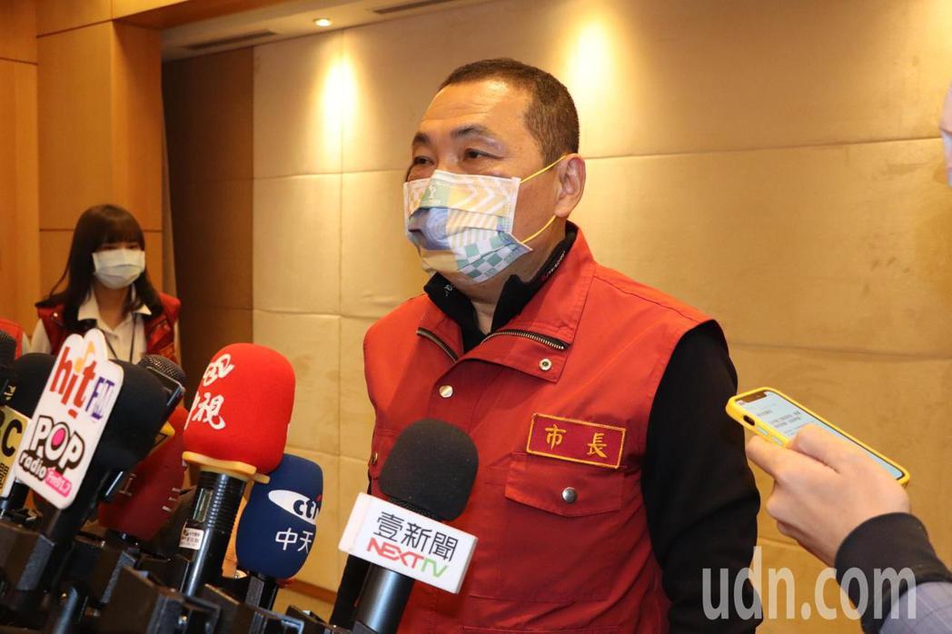 新北市長侯友宜今主持防疫會議。記者吳亮賢/攝影