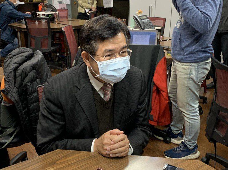 教育部長潘文忠表示,受疫情影響,指揮中心尚未核准境外生入境方案,若學生趕不上2月底開學,學校也有安心就學方案,等台灣疫情趨緩,指揮中心開放就可來台。記者趙宥寧/攝影