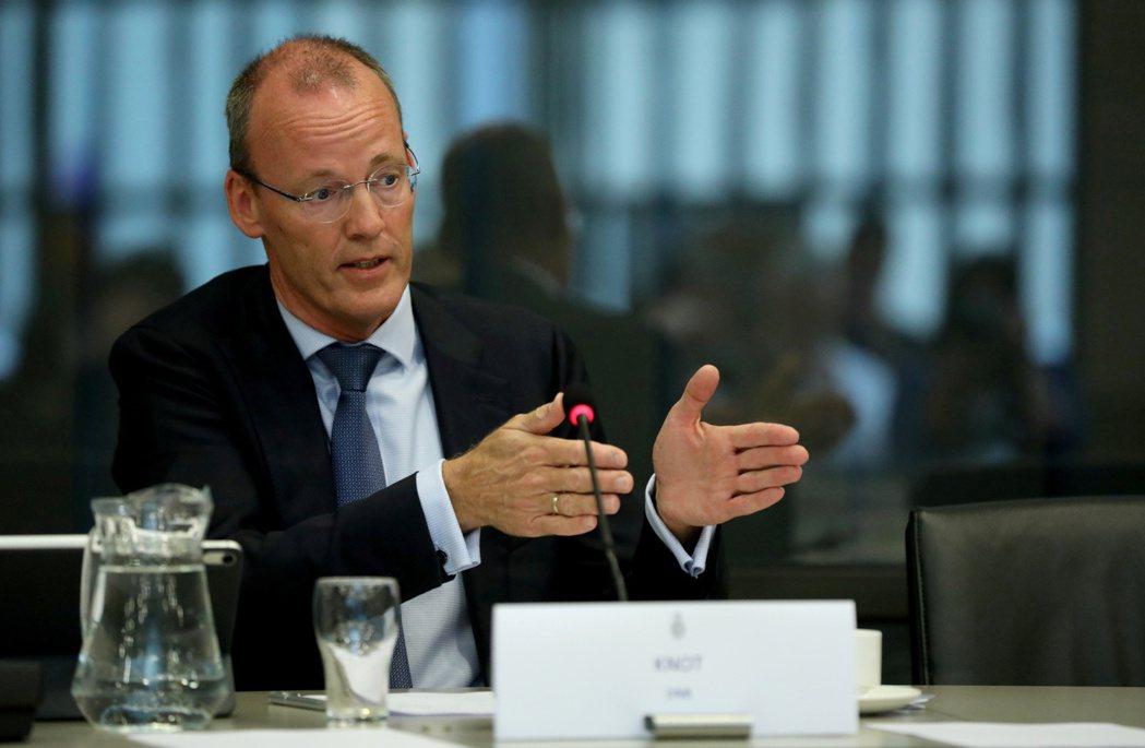 歐洲央行管理委員會委員諾特接受媒體訪問說,歐洲央行有工具可以阻升歐元,歐元兌美元...
