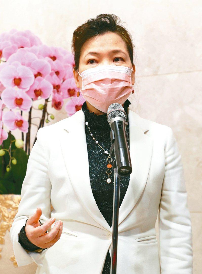 經濟部長王美花表示,已與晶圓代工業者取得共識,盡量解決車用晶片缺貨問題。記者林澔一/攝影