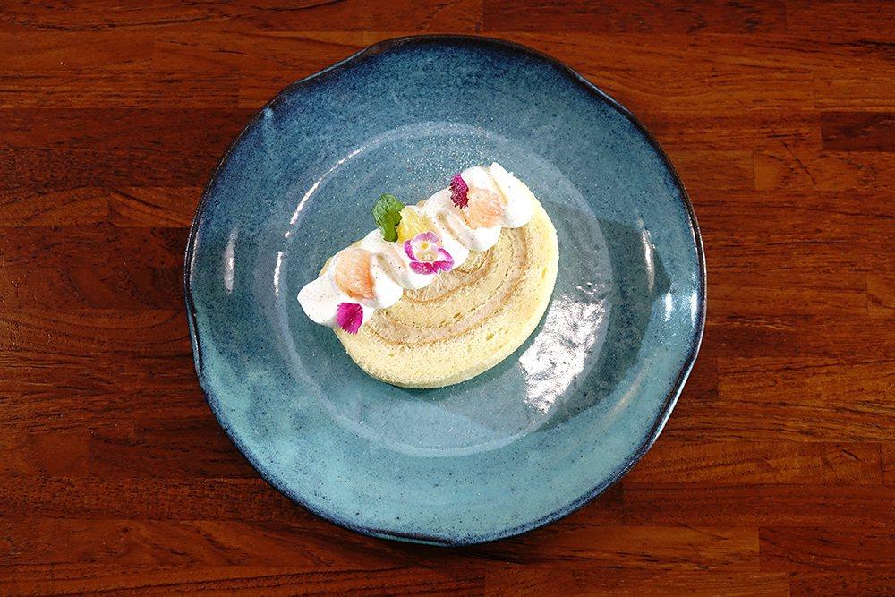 來自高雄大社在欉有機土芭樂,與法國奶油、 日本麵粉、靈芝蛋、有機檸檬汁製作,變身...