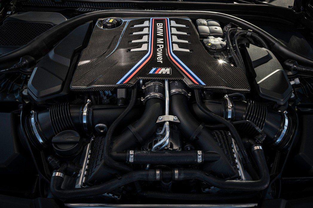 BMW M TwinPower Turbo 4.4升V8雙渦輪增壓引擎。 摘自B...