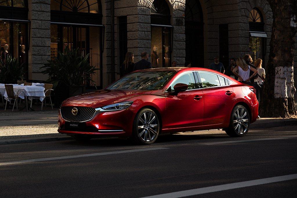 2021年式Mazda 6標配360環景輔助系統、全速域主動車距控制巡航系統(M...