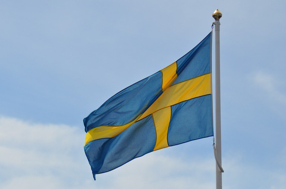 瑞典在2017年決議恢復徵兵制。瑞典徵兵沒有性別歧視,年滿18歲、收到徵兵令的男...