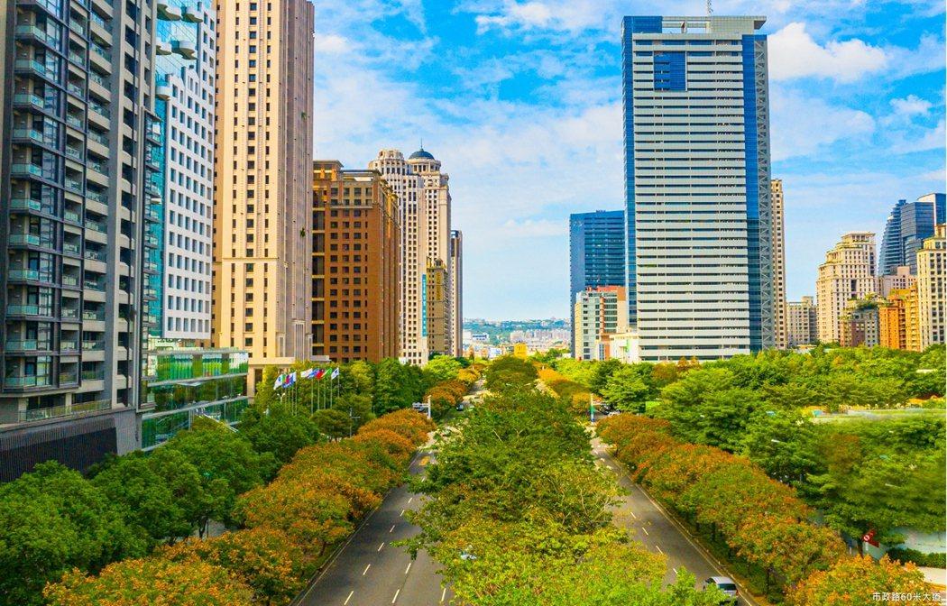 60米市政路綿延1.3公里的樹海,是七期最美街區。