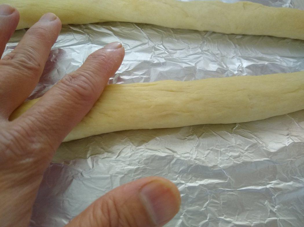 文:美國番媽/食譜/匈牙利肉桂糖煙囪卷