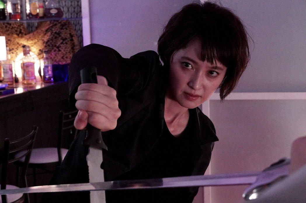 「嗜血慾女」將於2月5日在台上映。圖/暗光鳥電影院提供