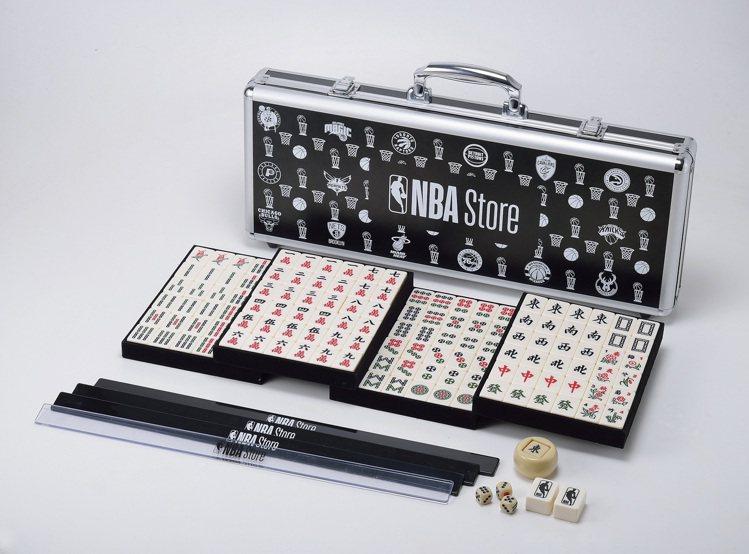 NBA Store Taiwan自1月29日起至2月28日,推出滿額贈送特製麻將...