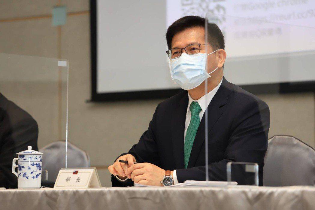 交通部長林佳龍下令交通部嚴防春運塞爆。圖/交通部提供