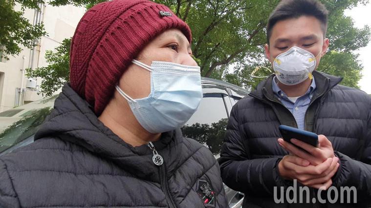 部立桃園醫院急診室外有今天一名陳姓婦人表示,因健保卡被註記「部桃患者」遭到其他醫...
