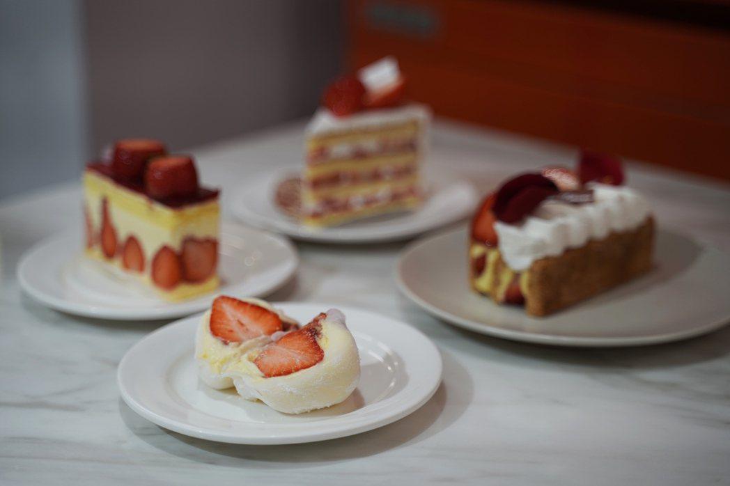 法朋烘焙甜點坊推出草莓季,每日早晨新鮮現做。 圖/沈佩臻攝影