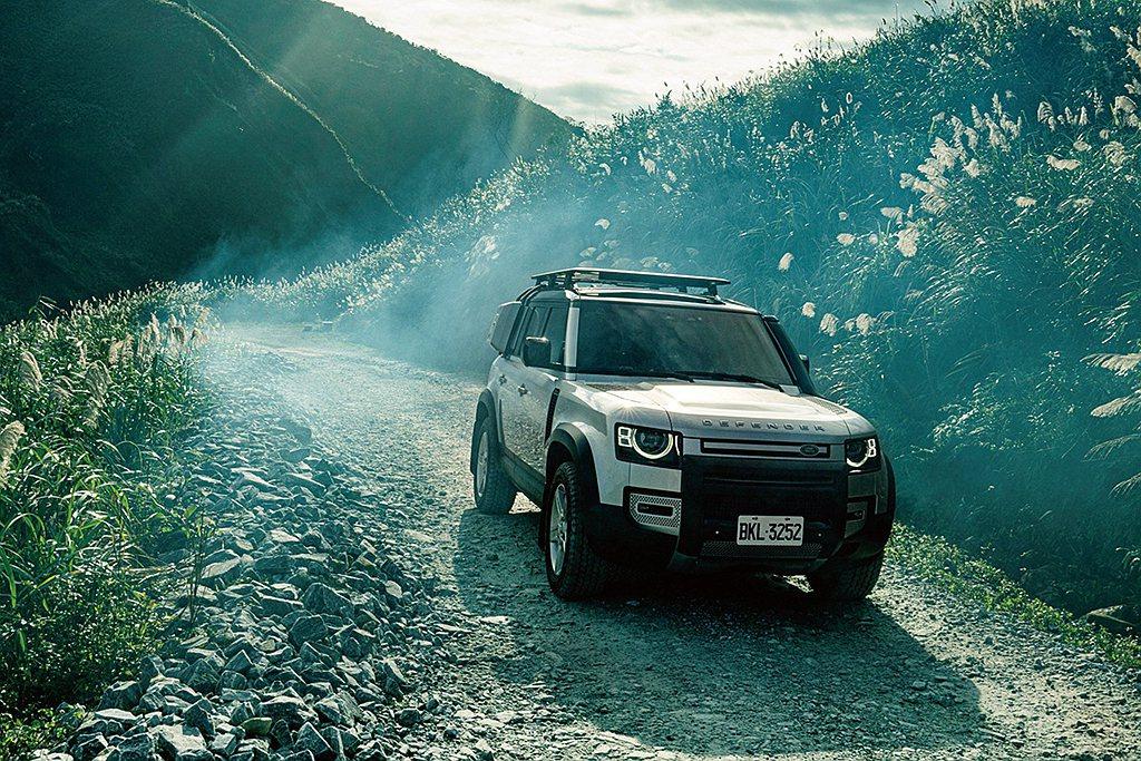 全新大改款Land Rover Defender於今年1月導入台灣市場,不僅延續...