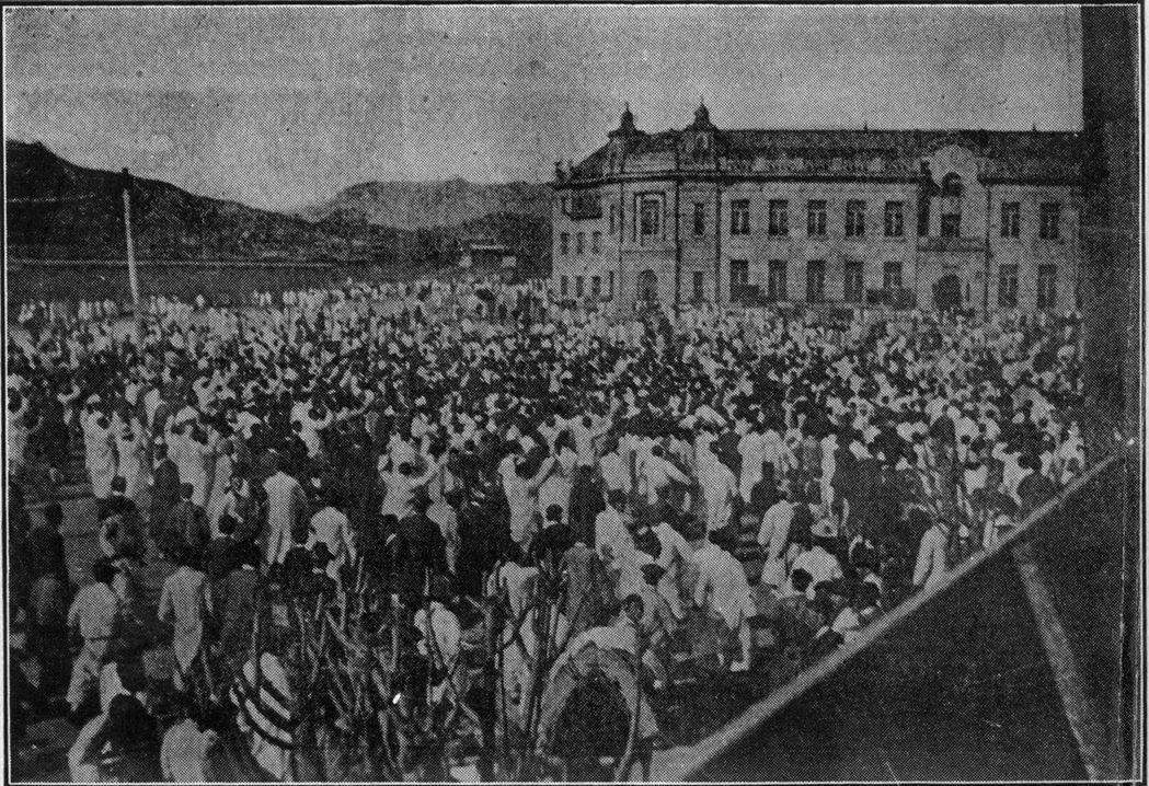 朝鮮半島在1919年爆發三一獨立運動,圖為當時的民眾上街遊行,高呼獨立。...