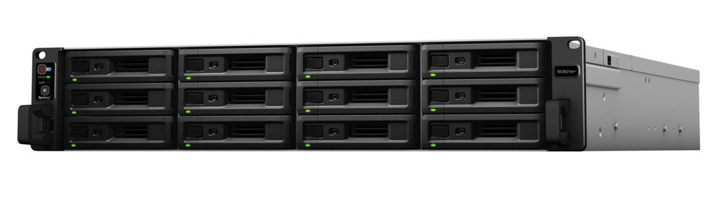 Synology RackStation RS3621xs+ 為一款 2U 機身...