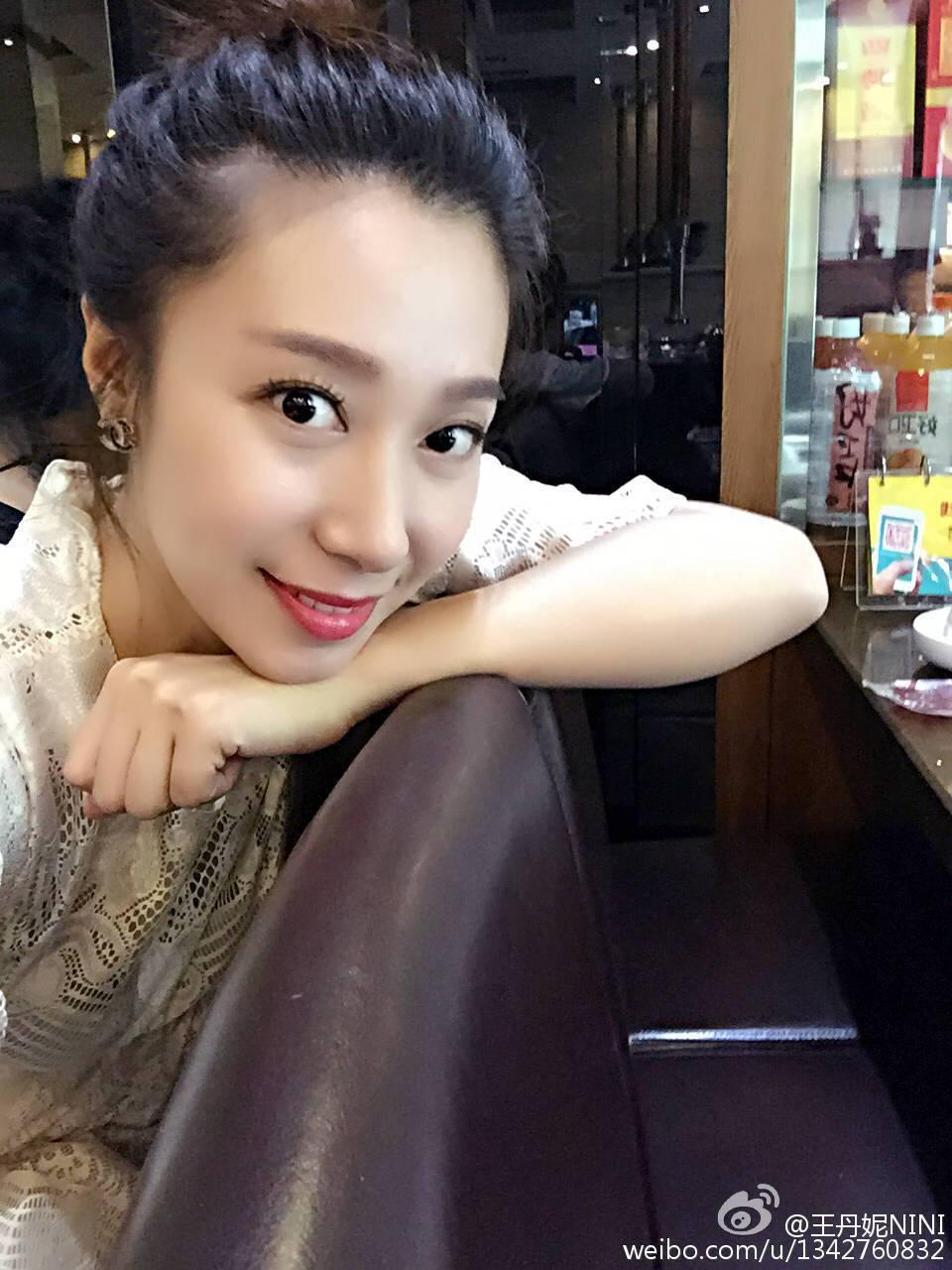 王丹妮被拍到疑似有孕。圖/摘自微博