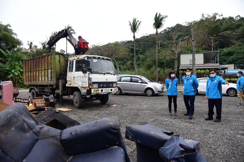花蓮市公所今天起一連5個工作天,為家戶清運大型廢棄物。圖/市公所提供