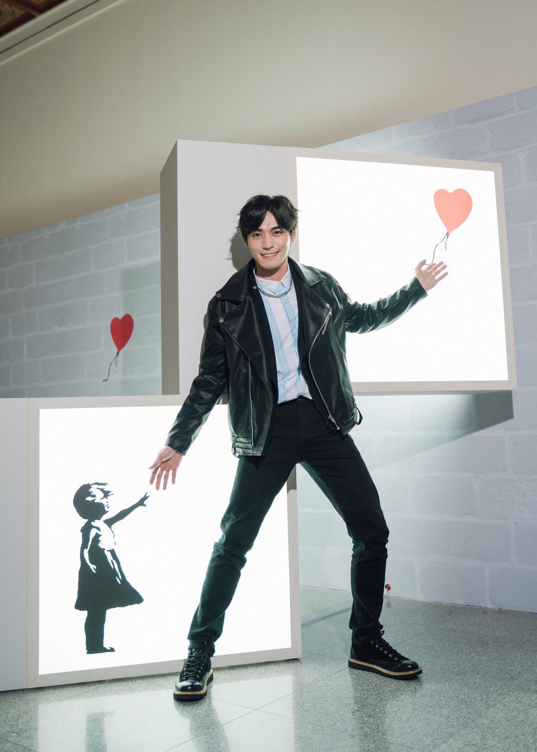 王振諾今天抽空朝聖「I LOVE BANKSY特展」。圖/寬宏提供