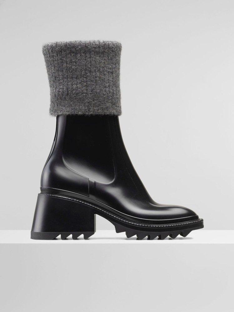 Chloé Betty黑色防水羊毛襪套短靴,19,800元。圖/Chloé提供