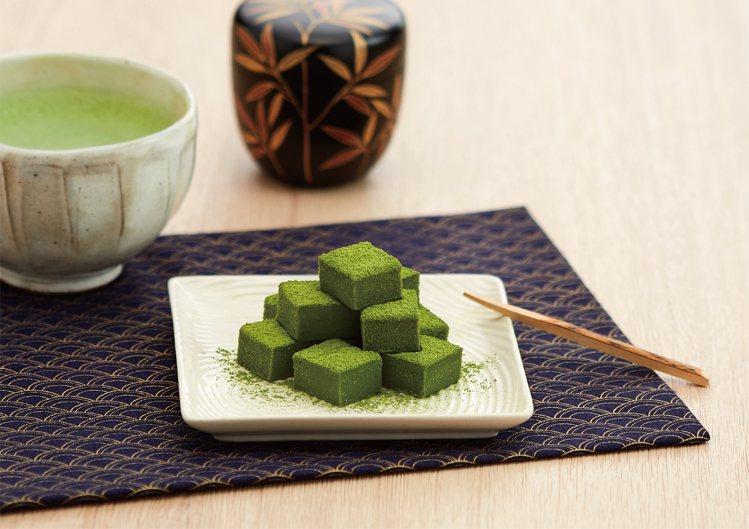 辻利茶舗今年推出新版本的「極韻抹茶生巧克力」。圖/辻利茶舗提供