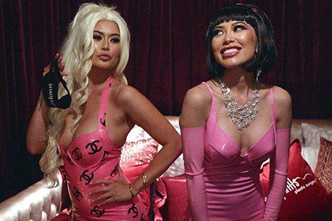 被形容為「真實版『瘋狂亞洲富豪』」的Netflix真人秀「璀璨帝國」,自從上架以來在台灣掀起話題,雖然在每日人氣榜上還不及「驅魔麵館」與「亞森‧羅蘋」,討論熱度卻有過之而無不及,觀眾都對主角們奢華到...