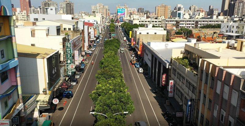 新竹市府建置「新一代智慧交控中心」,圖為經國路監控實景。圖/新竹市政府提供