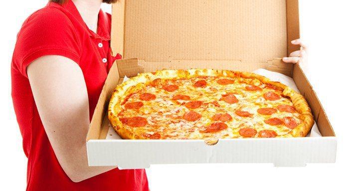 南韓一名失業民眾因有了極端念頭,於是利用外送APP向平時很常光顧的店家下訂披薩並