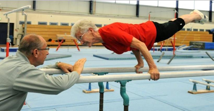 現年 90歲的 裘哈娜·夸斯 (Johanna Quaas)是德國的國寶級體操運...