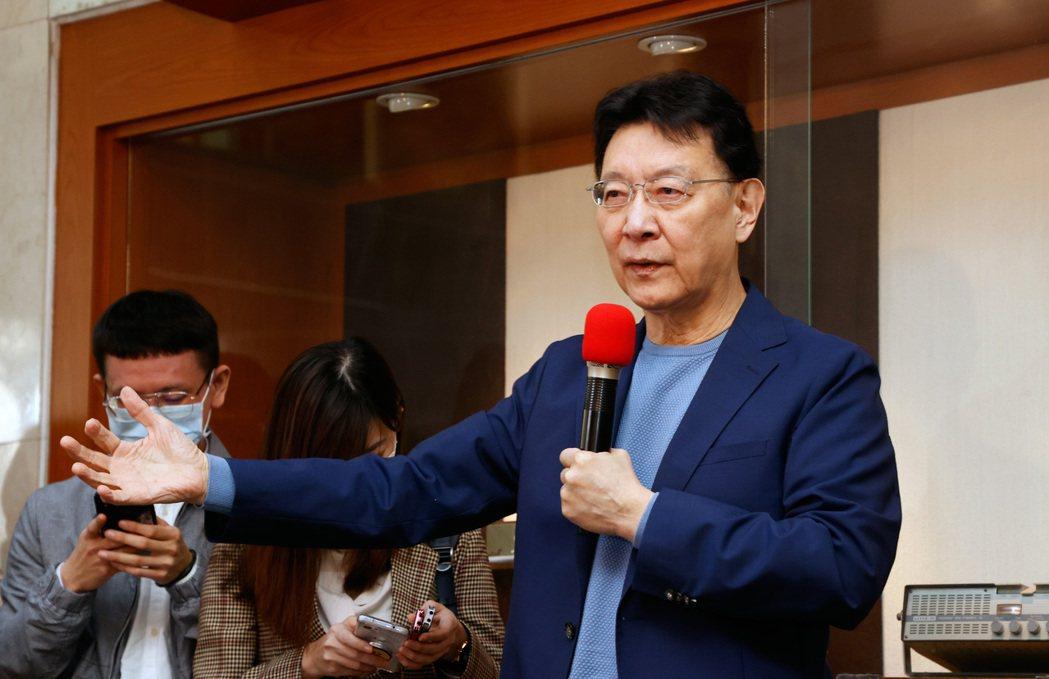 趙少康於2月1日召開記者會宣布將重返國民黨,有意參選黨主席,且獲得韓國瑜支持。 圖/聯合報系資料照