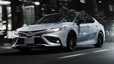 日規Toyota Camry小改款不僅升級TSS、優化內裝 還有GR PARTS運動套件!