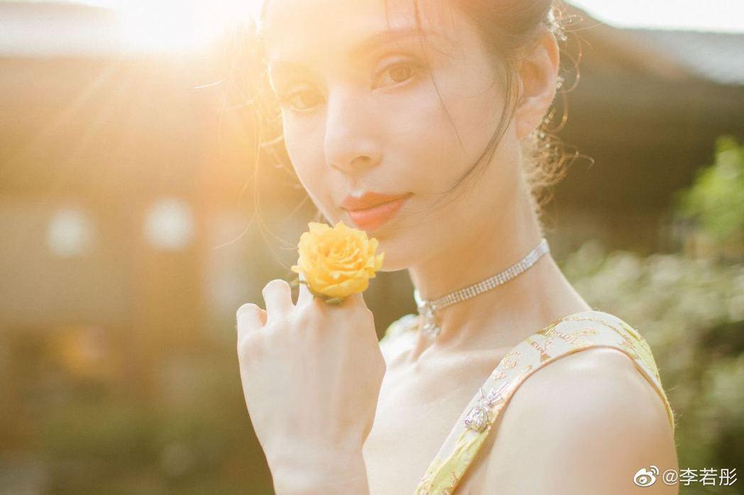 李若彤。圖/擷自微博