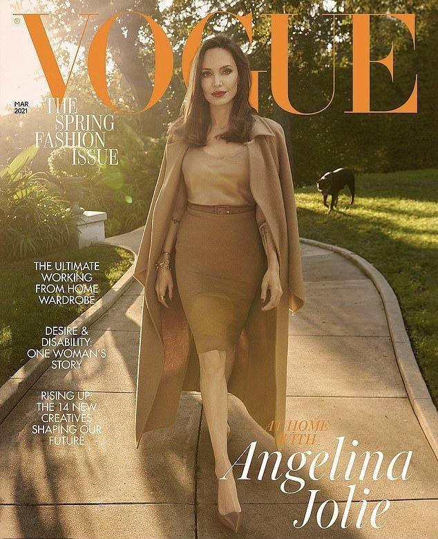 安琪莉娜裘莉優雅登上雜誌封面。圖/摘自VOGUE
