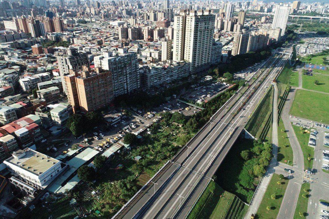 新北市中和區空拍圖。圖/新北市地政局提供