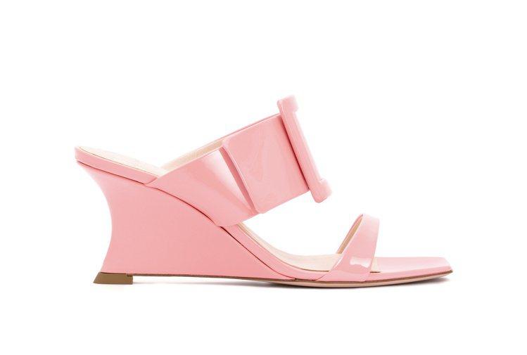 Viv' In The City粉色漆皮跟鞋,32,800元。圖/Roger V...