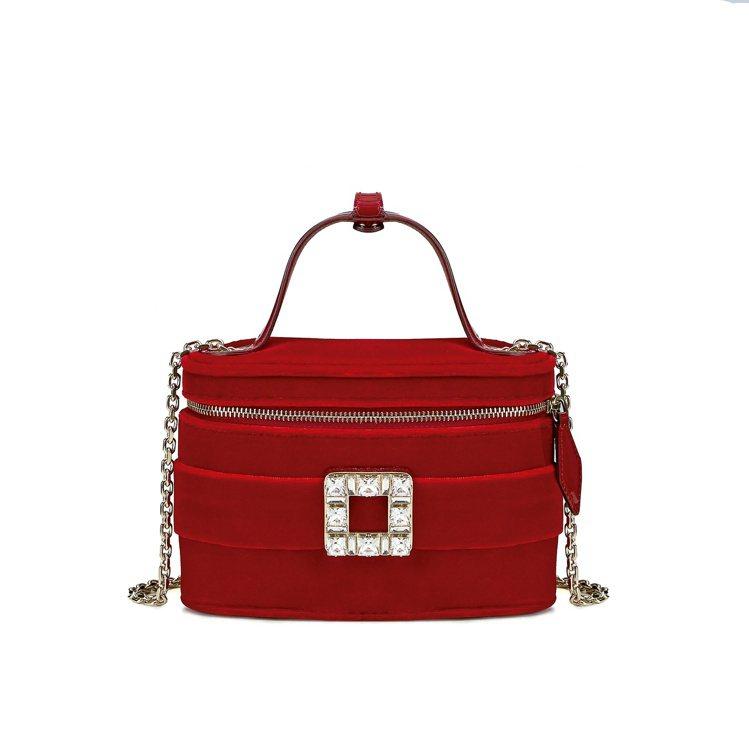 Roger Vivier Vanity紅色絲絨迷你化妝包,57,900元。圖/R...