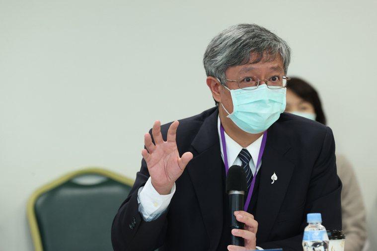 聯合報健康事業部舉辦全癌基因檢測專家會議,台灣臨床腫瘤醫學會理事長、大林慈濟醫院...