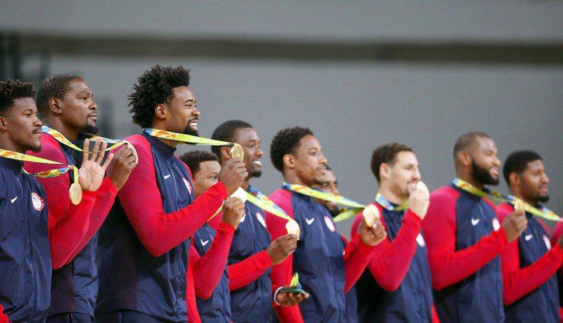 奧運男籃抽籤結果出爐,美國被分在A組,與法國、伊朗還有尚待資格加賽出線的最後隊伍同列。 歐新社
